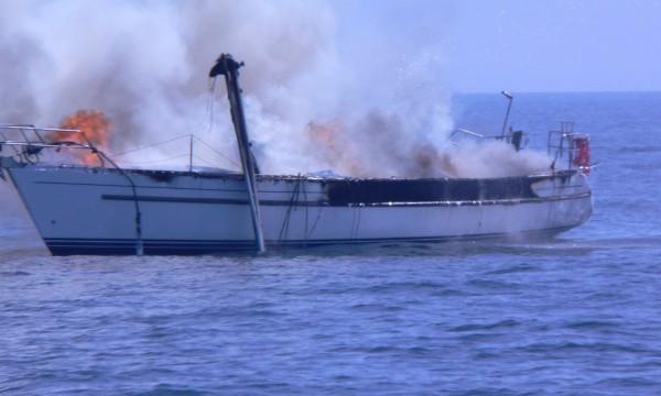 Das brennende Schiff